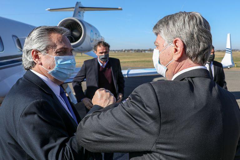 El presidente Alberto Fernández con el gobernador de La Pampa, el peronista Sergio Ziliotto