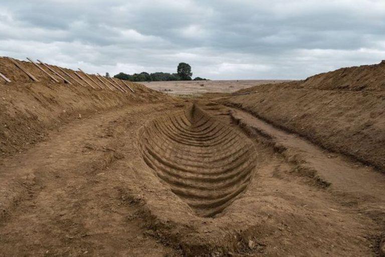 Las excavaciones de Sutton Hoo fueron recreadas en Godalming, en Surrey