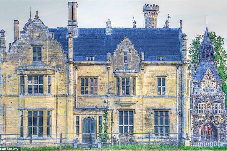 Shadwell Court se encuentra en el primer puesto de una lamentable lista de los edfificios más lujosos y deteriorados del Reino Unido
