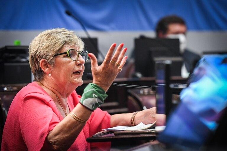 """""""Creía que en dos años pensábamos un poquito más"""", dijo la senadora González, en referencia a la alocución de uno de sus pares"""