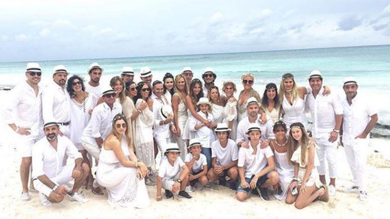 Los 40 de Pampita: los detalles de una fiesta de blanco junto al mar
