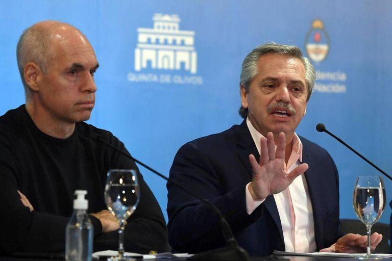 El presidente Alberto Fernández, junto al jefe de gobierno porteño, Horacio Rodríguez Larreta