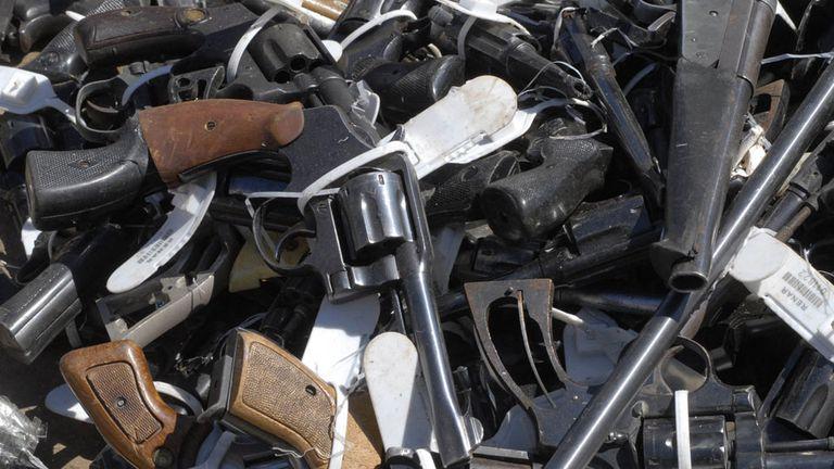 En los próximos días se instalarán puestos especiales en Santa fe para la entrega voluntaria de armas