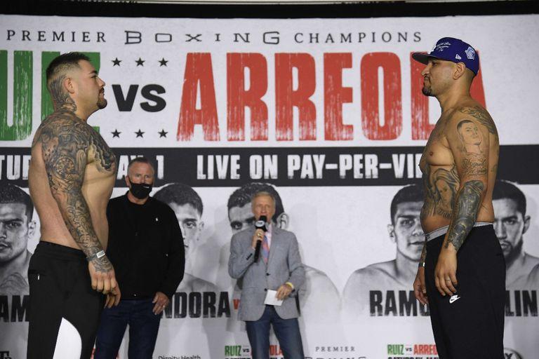 """Un nuevo Andy Ruiz (izquierda) se vio en el pesaje: """"Bajé 50 libras (22 kilos"""", anunció"""