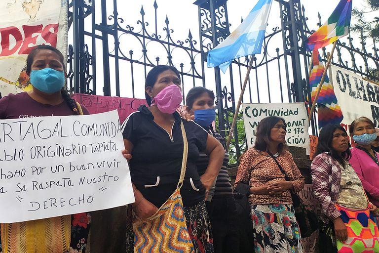 Referentes de comunidades originarias de Salta reclamando hace pocos meses mayor asistencia sanitaria, viviendas y seguridad