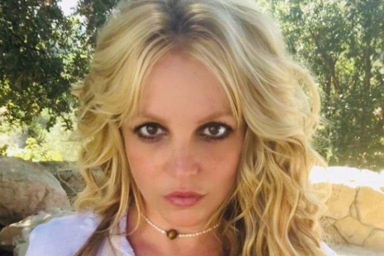 Britney Spears ya no quiere guardar silencio sobre el infierno que vive a raíz de la tutela que mantiene su padre sobre ella