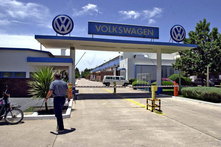 En Córdoba se lanzaron cluster de cajas de cambio y auto eléctrico nacional