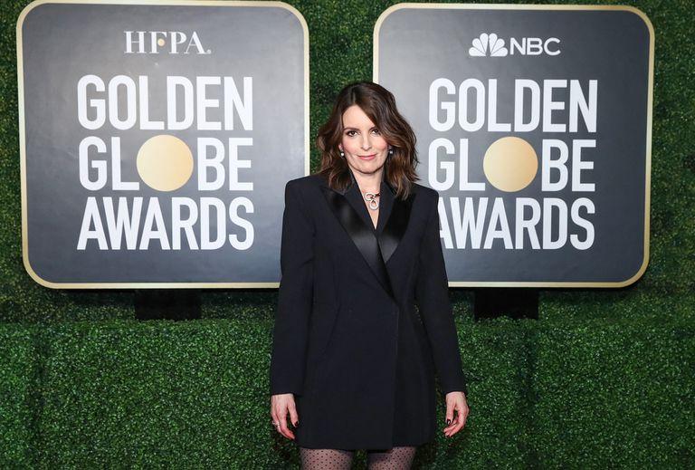 Tina Fey en la red carpet reservada solo para presentadores