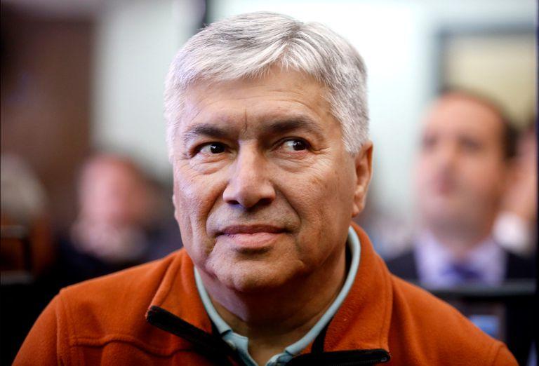 Lazaro Baez, amigo y socio de Néstor Kirchner, no recuperará la libertad sino que cumplirá una prisión domiciliaria que tenía ordenada en otra causa