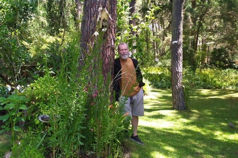 El director teatral Mauricio Kartun cambió su departamento en Villa Crespo por su casa en el bosque