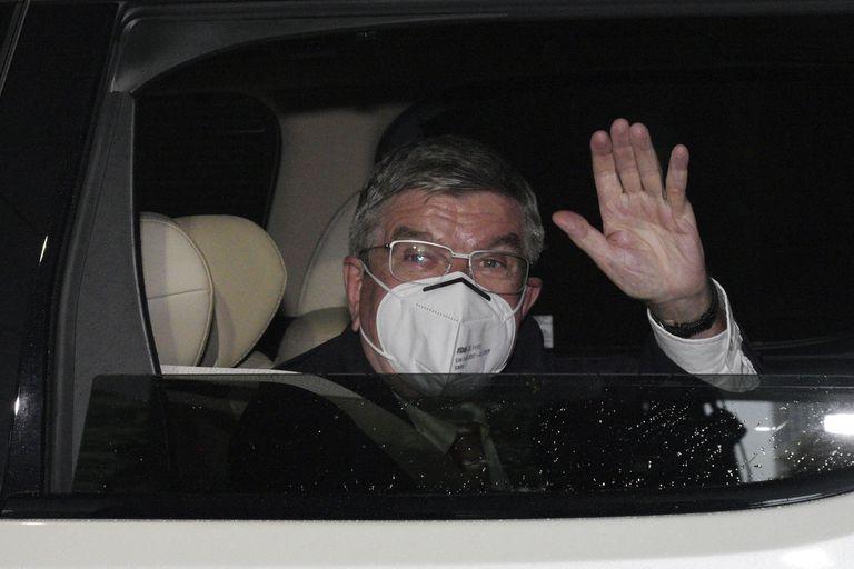 Thomas Bach, presidente del COI llega a Tokio