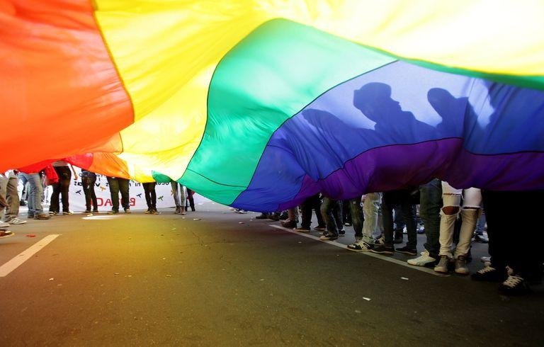 La embajada de Estados Unidos aclaró que habrá que elegir un género para entrar al país