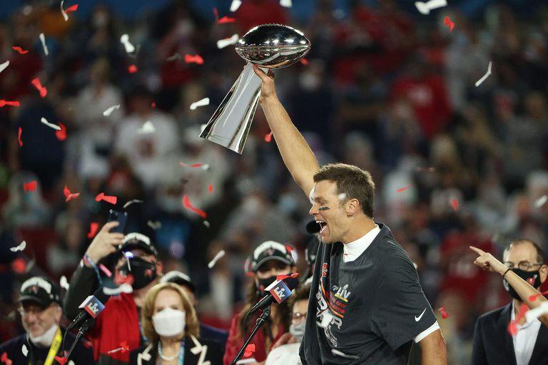 Tom Brady y la conquista de séptimo Super Bowlen su carrera, lo ponen en la discusión entre los más grandes del deporte norteamericano
