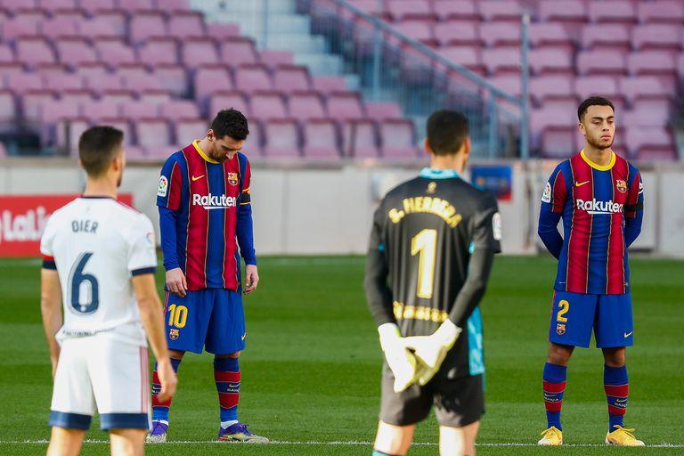 Barcelona-Osasuna, liga de España: el homenaje a Diego Maradona y acción en el Camp Nou