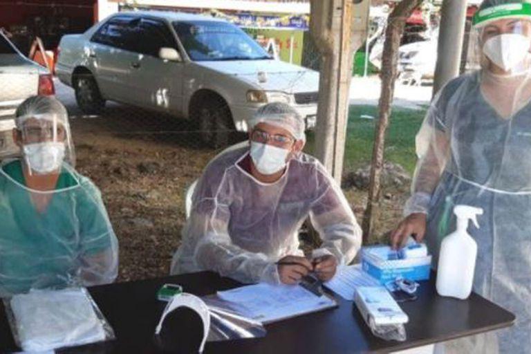 El personal en la frontera boliviana con Brasil redobla esfuerzos para contener el avance de los contagios
