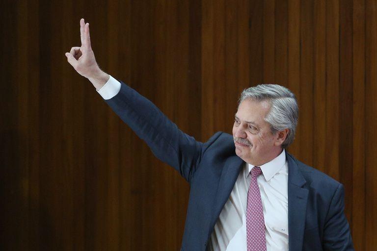 """Kulfas anticipó que un eventual gobierno de Fernández buscará un nuevo acuerdo con el FMI y """"reperfilar"""" la deuda"""