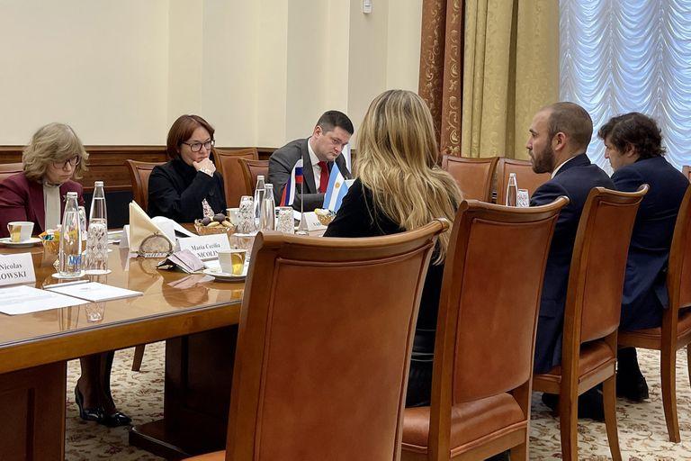 El ministro Martín Guzmán en una reunión con la presidenta del Banco Central de Rusia, Elvira Sajipzadovna Nabiullina