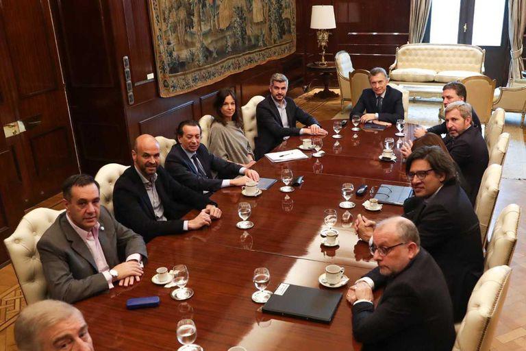 """Gabinete """"corto"""": más ejecutivo, pero concentrado en pocas manos"""