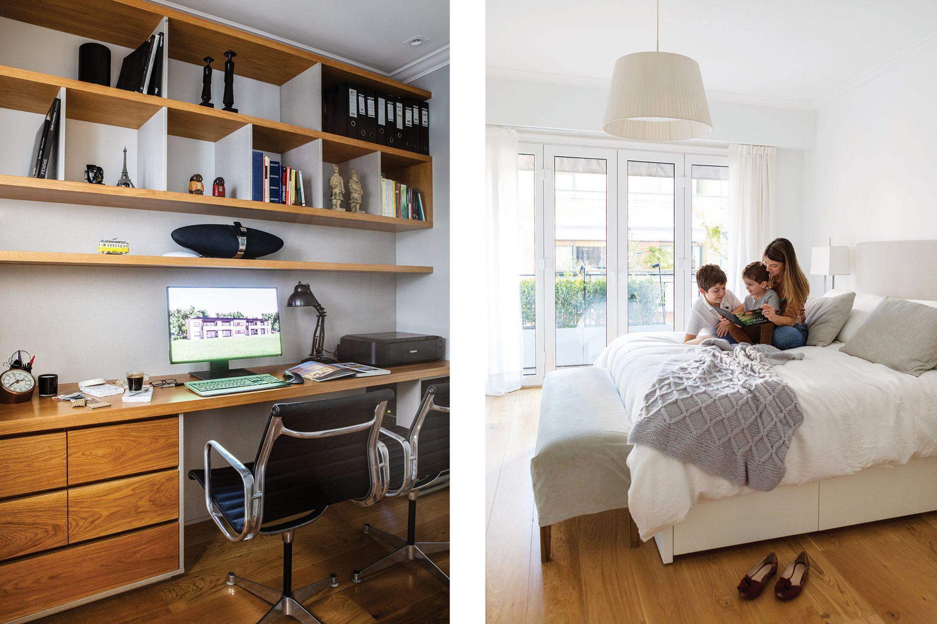 En el estudio, escritorio y biblioteca de roble diseñado por AT Arqs. Sillas de escritorio 'Eames Aluminum' (Herman Miller).