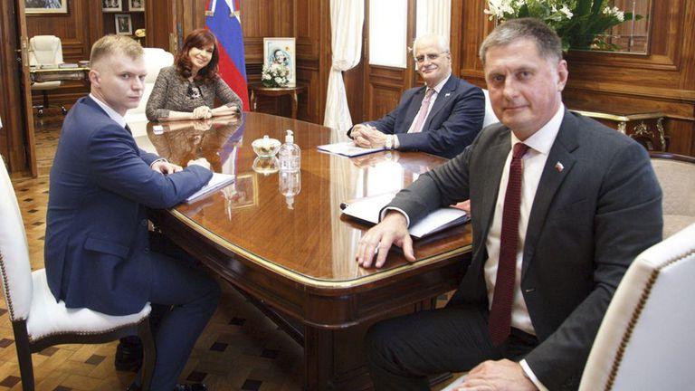 La vicepresidenta recibió al embajador ruso en el país el jueves pasado.