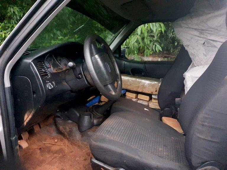 Más de una tonelada de marihuana que era transportada en una camioneta fue secuestrada por la Gendarmería en Oberá, Misiones