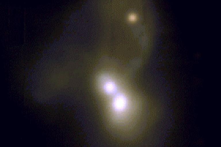 Hallan nuevas señales de la formación de la galaxias en una triple fusión