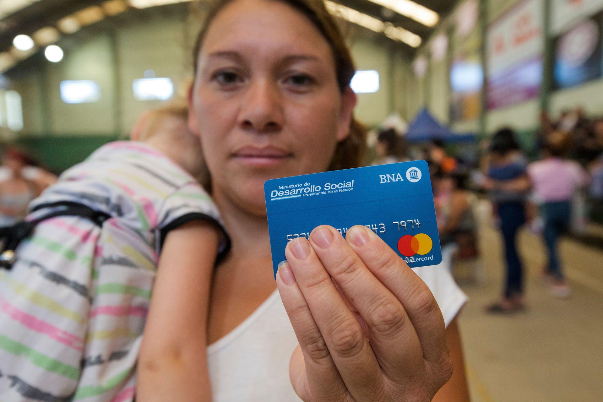 La tarjeta Alimentar es una de las principales políticas sociales del Gobierno