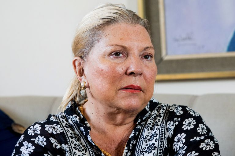 """Elisa Carrió: """"Les pedimos a los jueces honestos que resistan en sus cargos"""""""