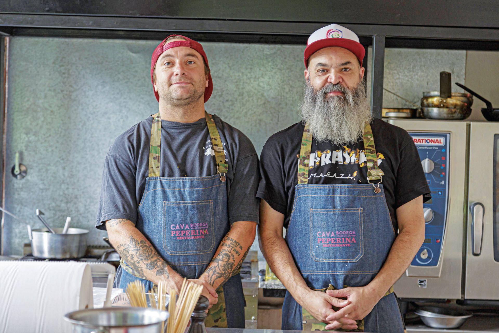 Rodrigo Sturtz y Alejandro Digilio, cocineros de Peperina restaurante.