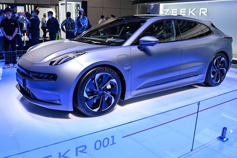 Salón de Shanghai Zeekr 00 Anti Tesla. Primer modelo de la marca eléctrica de Geely; 536 CV y gran autonomía para pelear con Musk