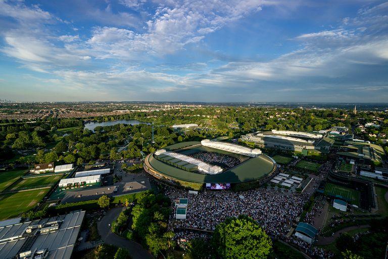 Wimbledon se cancelará este año por el Covid-19, pero, previsor, se aseguró contra pandemias.