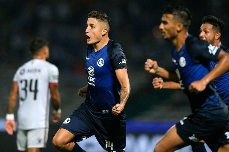Superliga: Talleres ganó por 2-0 y le dio otro empujón hacia abajo a Colón