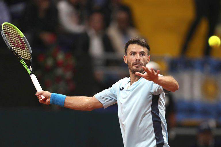 Londero superó a Giraldo y empató la serie de Copa Davis, que se definirá hoy