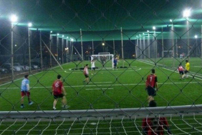Las canchas de fútbol cinco podrán funcionar con un máximo de 10 jugadores