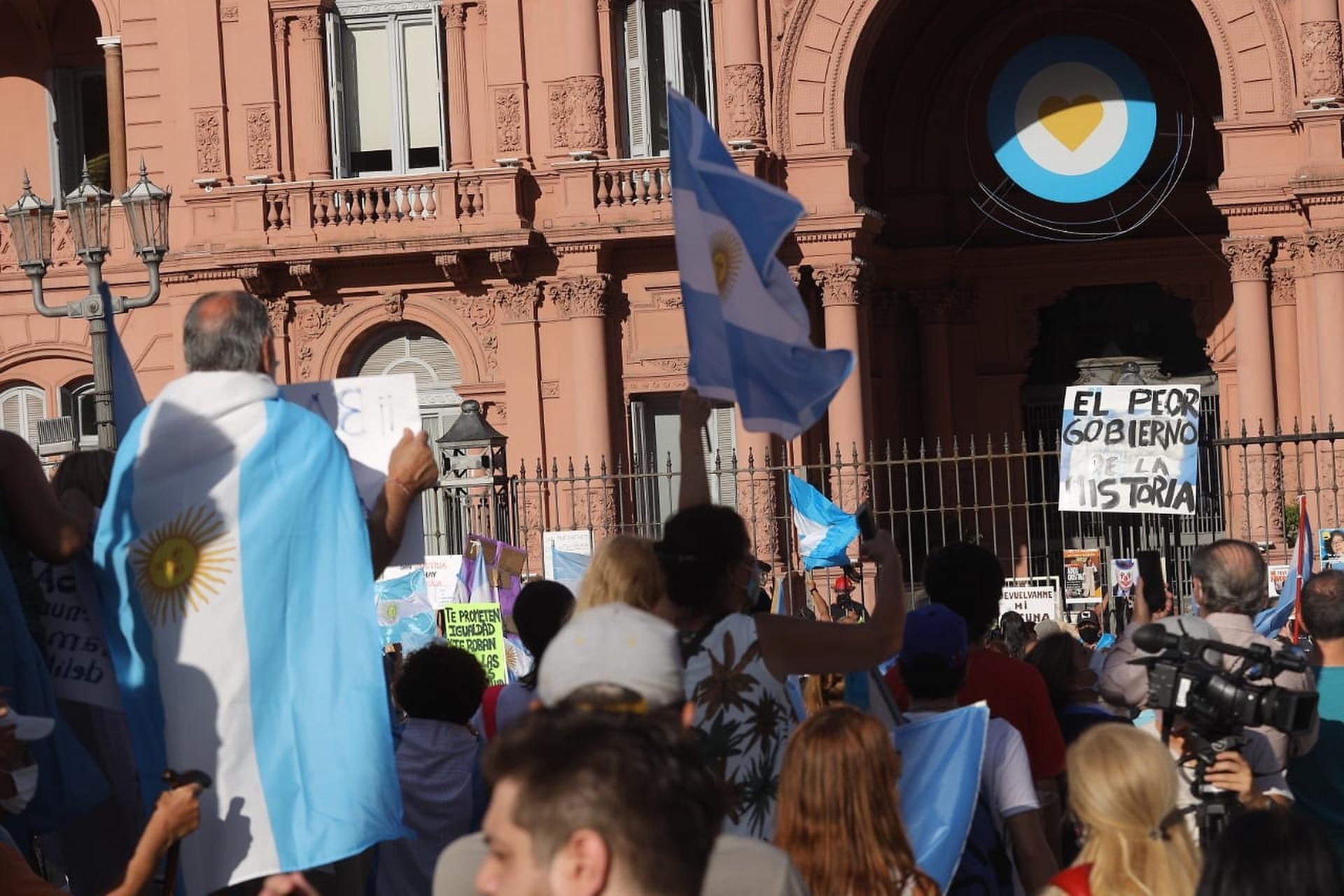 La marcha del #27F frente a la Casa Rosada