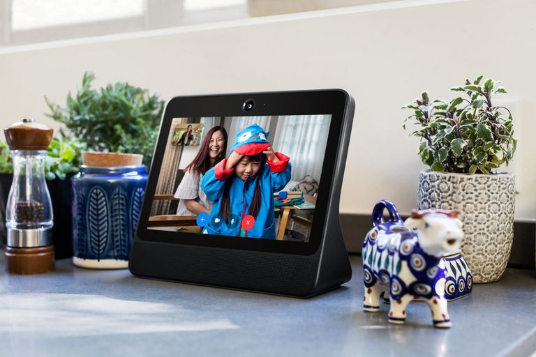 El otro modelo de Portal, el parlante con pantalla de Facebook, cuenta una pantalla de 10 pulgadas y tendrá un precio de 199 dólares