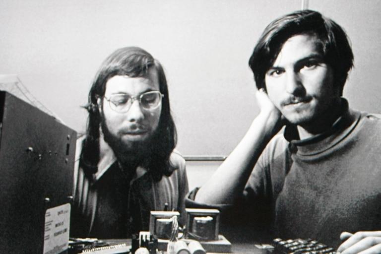 Stephen Wozniak y Steve Jobs cuando fundaron Apple