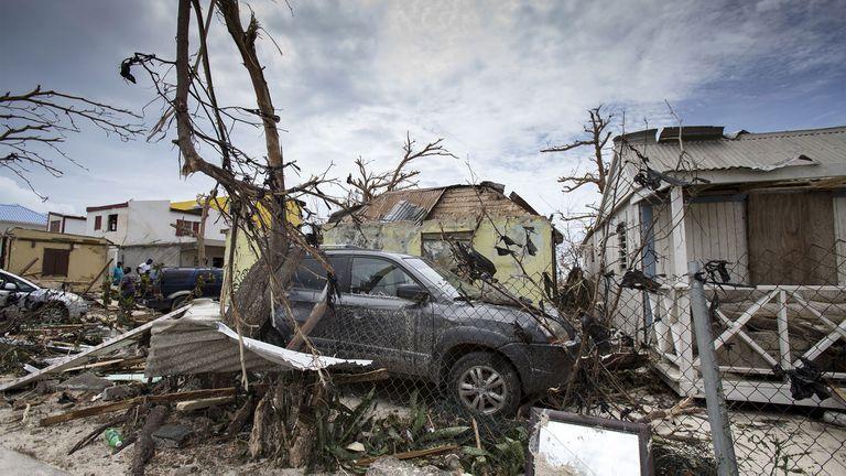 La isla de Saint Maarten, con cinco muertos y el 60% de las viviendas inhabitables, fue una de las más destruidas por el paso del huracán Irma