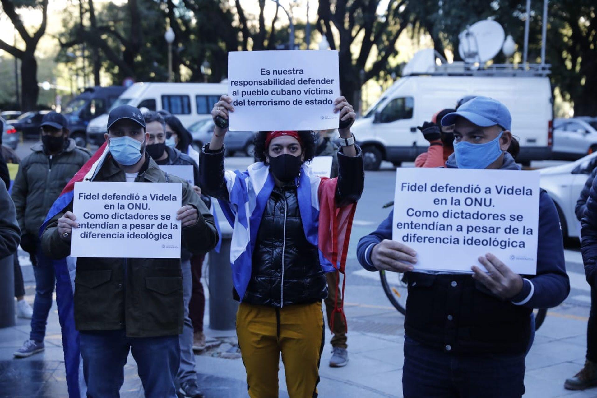 La protesta de cubanos frente de la Cancillería del domingo pasado fue la cuarta manifestación de la semana