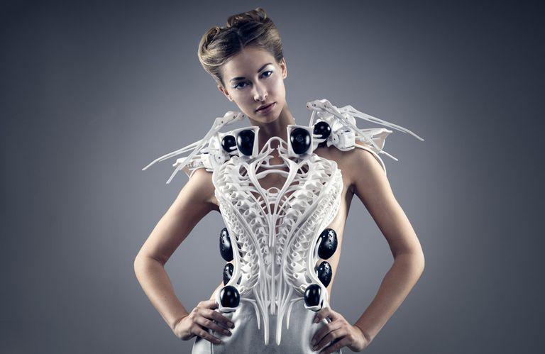 Inteligencia artificial. La ropa incorpora superpoderes tecnológicos