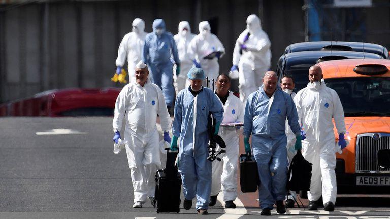 Ataques en Londres: los británicos amanecen con miedo tras el doble atentado que mató a 7 personas