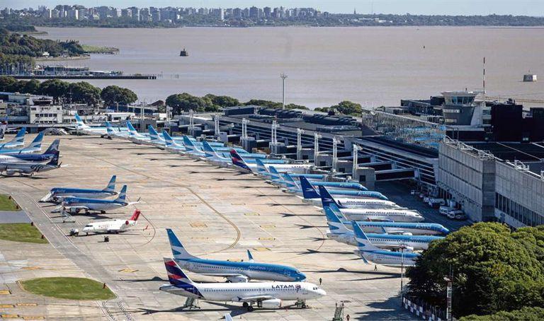 Aeroparque no podrá ser usado sólo por Aerolíneas Argentinas