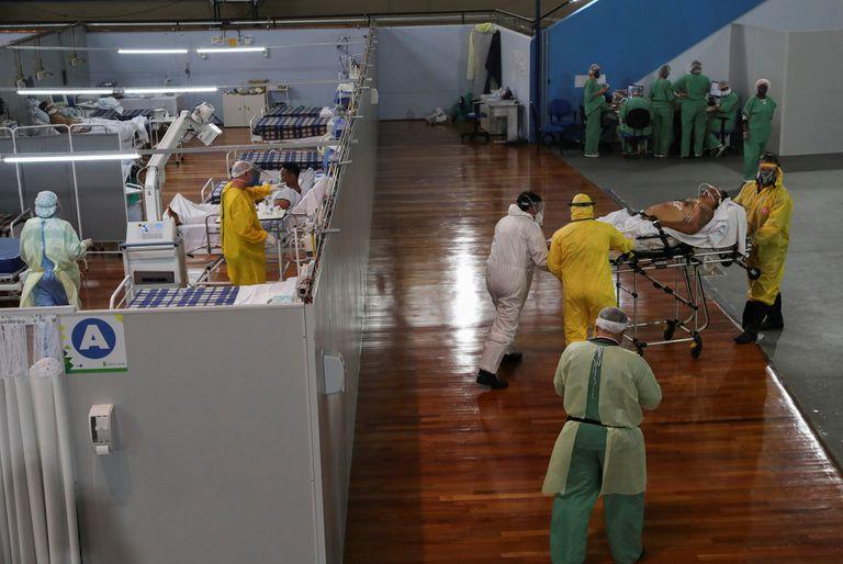 Atención a pacientes de Covid-19 en el hospital Santo Andre de San Pablo