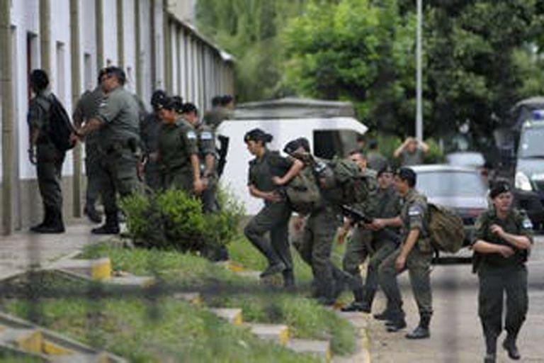 Denuncian intimidaciones y vejaciones de gendarmes durante la cuarentena