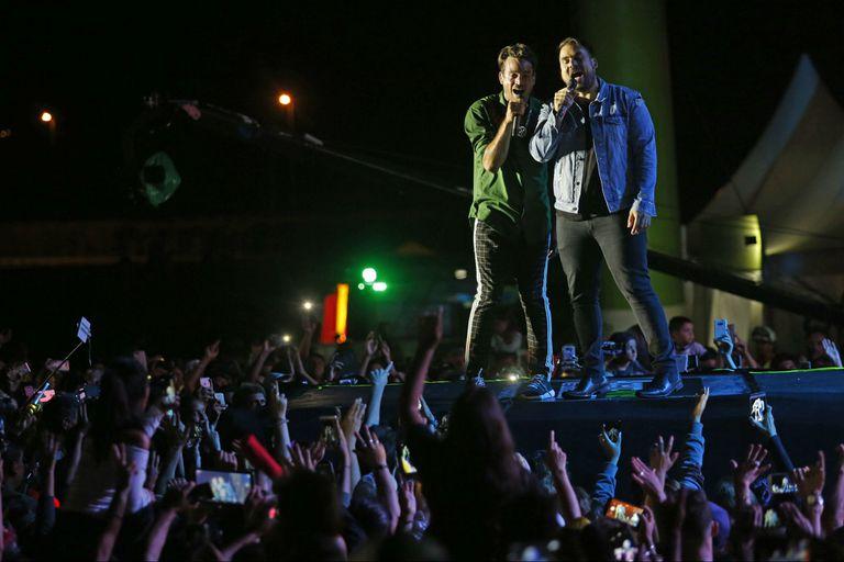 Chano invitó a su hermano Bambi para su debut solista en Mar del Plata. El ex Tan Biónica se presentó con su nueva banda en Parque Camet, en el marco del ciclo gratuito AcercArte, que organiza la Provincia de Buenos Aires