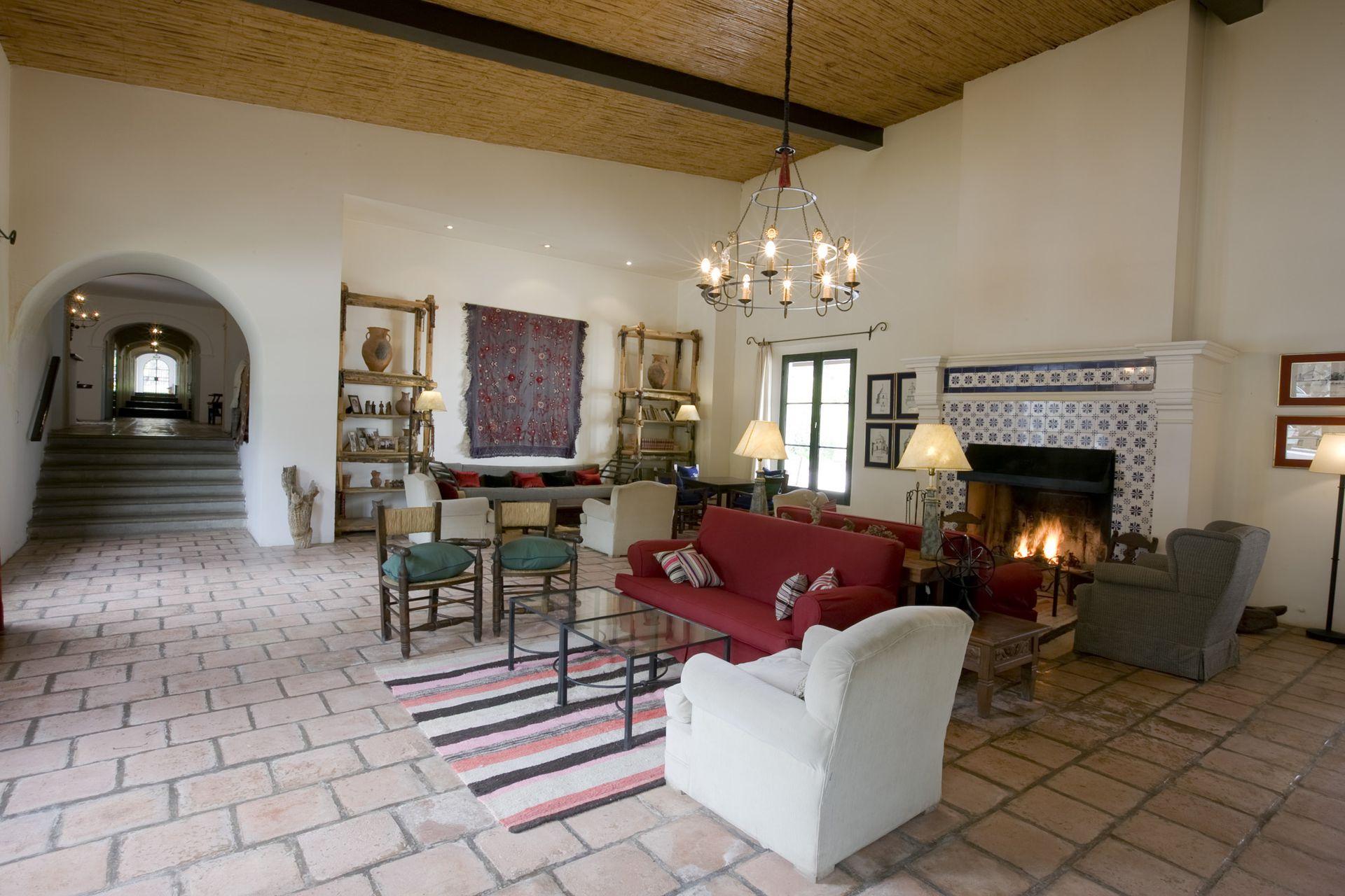 Los interiores recrean la calidez andina en todos su rincones.