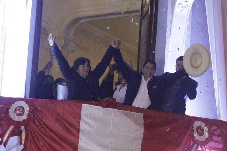 El jurado electoral proclama a Pedro Castillo ganador de las elecciones y será el presidente
