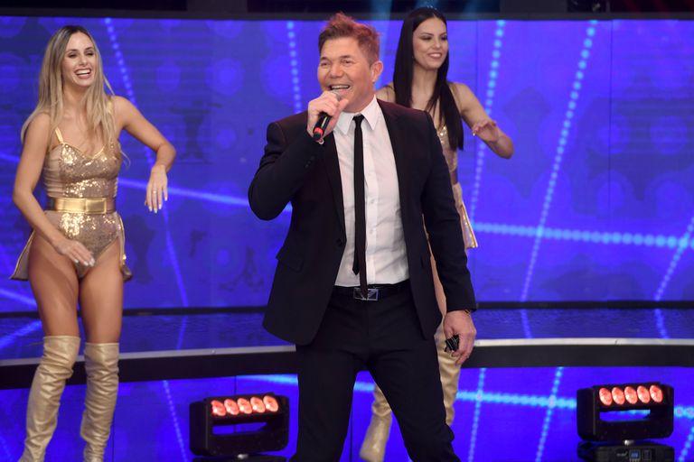 La Academia: Fernando Burlando debutó como cantante