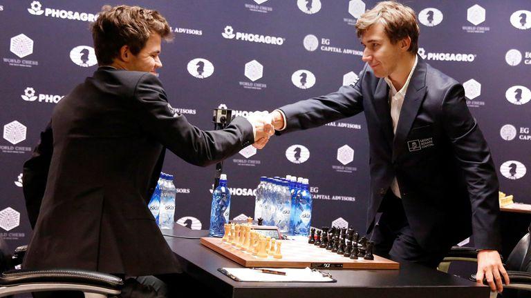 Magnus Carlsen y Sergey Karjakin acordaron tablas y habrá un desempate con partidas semirápidas
