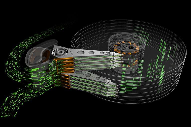 Seagate promete incrementar la capacidad de los discos rígidos por encima de los 100 TB para los próximos 10 años con una mayor densidad de almacenamiento por plato y múltiples cabezales de escritura y lectura